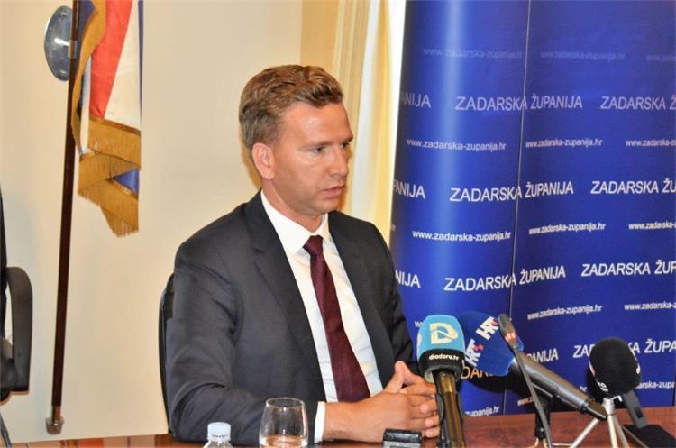 Državni tajnik Bilaver obraća se medijima