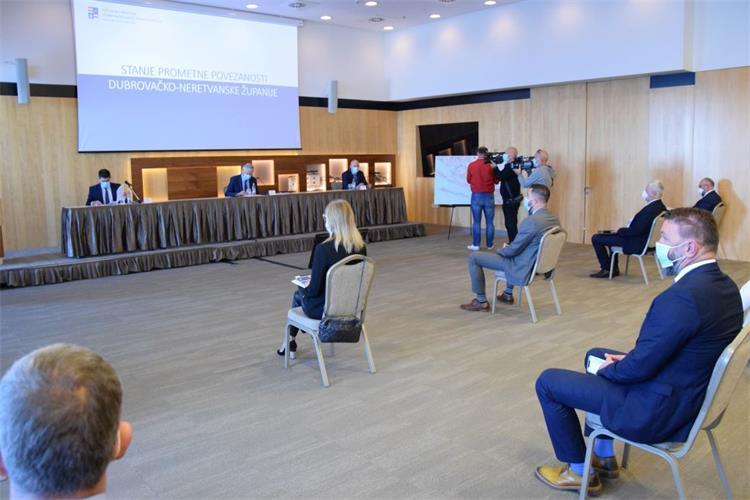 Operativni radni sastanak s predstavnicima izvođača održan je pod mjerama zaštite od prijenosa koronavirusa