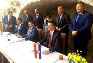 Potpisivanje ugovora za unapređenje lučke infrastrukture na području gradova Rab i Senj
